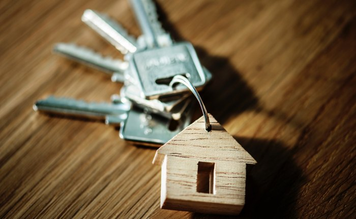 5 Expert Tips on Saving for Your FirstHome